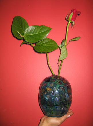vivienne bell glass vase with rose